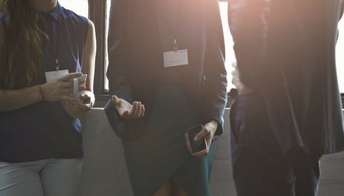 16 Tips for Becoming a Master Networker