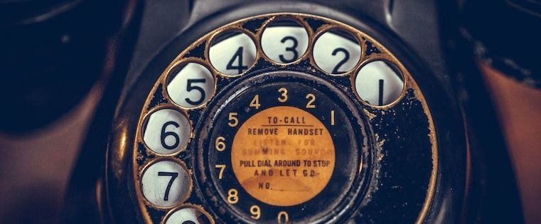 8 Ways to Start a Sales Call So Prospects Don't Hang Up On You.jpg
